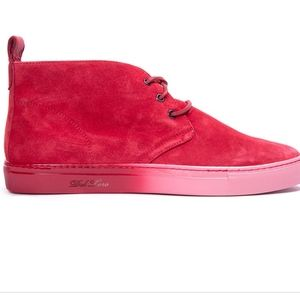 DEL TORO Red Ombre Chukka High Top Sneaker